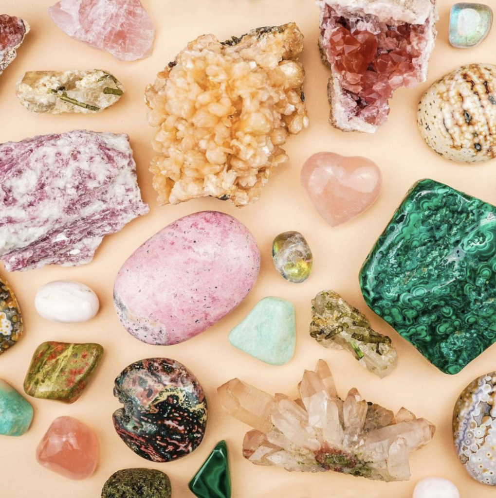 For example if your crystal helps with anxiety you might say the following – xyz crystal I ask that you support me in releasing my anxiety, I ask that you bring me calm and soothing energies, thank you so much for your support.